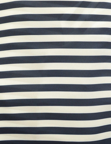 20 stylish ways to wear a striped Tee